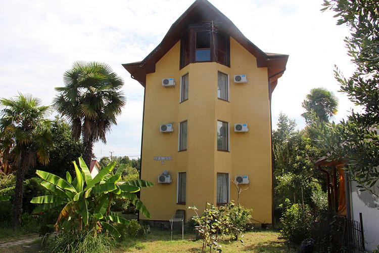 Гостиницы и мини-отели в Пицунде