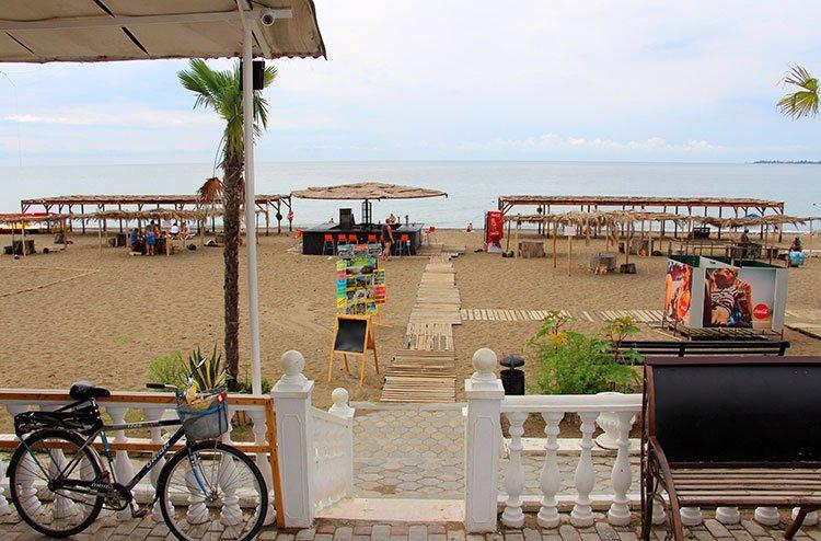 Пляж Синоп (Медицинский, Волна, Мокко), Сухум